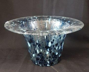 Vaas transparant met blauw glinster