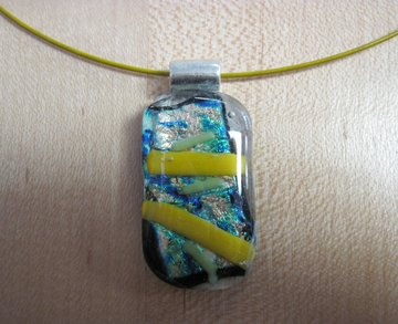 Hanger goud, groen, geel, blauw glas